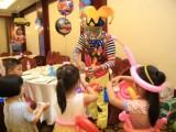 武汉小丑魔术气球宝宝宴开业气球拱门生日婚房气球布置