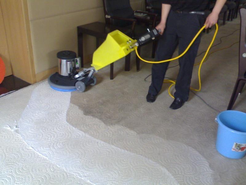 正规蜘蛛人外墙清洗资质 办公楼开荒清洁 外墙修补 地毯清洗