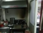 殿前村口黄金餐饮店面优惠出租,设备齐全送厨房