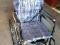可折叠式的轮椅