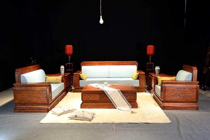 花梨木家具品牌推荐-怎样鉴别花梨木家具的真假