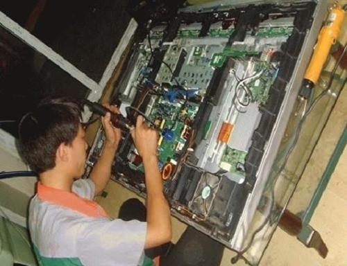 专业电视机维修(正规公司)全市上门,修后有保障