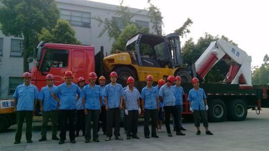 武汉三镇连锁正规搬家起重公司,搬厂搬设备搬迁移位,空调安装