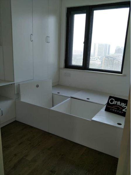 华强城 二期好房 133平三室边户 新装修楼层好 有钥匙