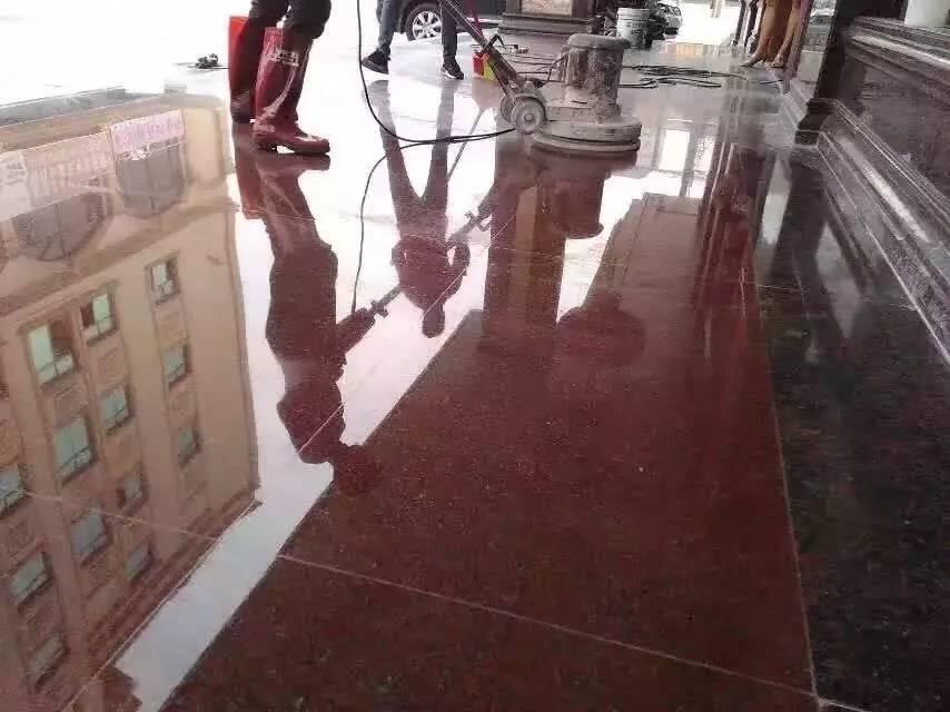 成都环球清洁公司专业地板清洗地毯清洗专业公司