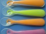 东莞液态硅胶戒指,耳挂,手边带,手环,奶嘴,吸管