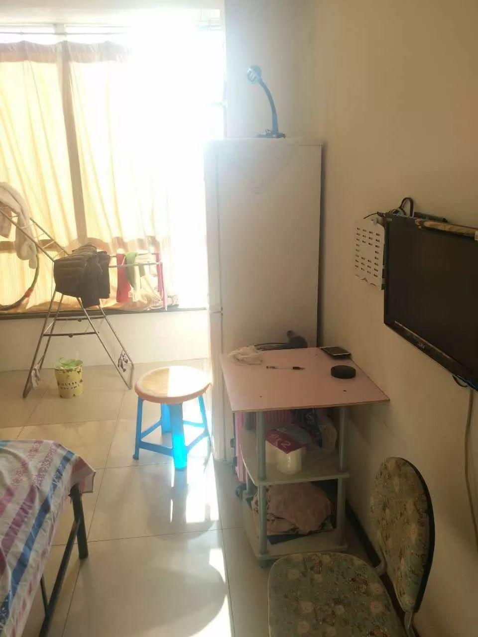 吉林大路站 交通便捷 价格便宜 1500每月 家具家电全