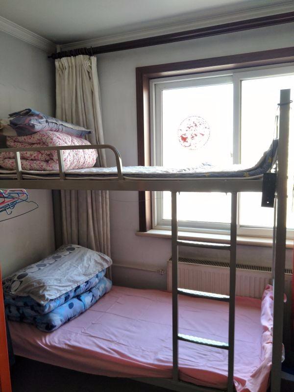 北京大学生公寓 天天向上公寓 日租短租合租 无押金拎包入住