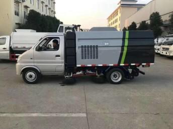 安徽合肥小型扫路车低价出售