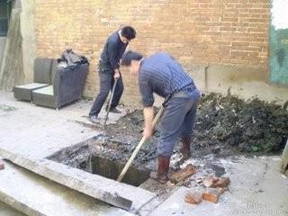 大板桥镇下水道疏通化粪池抽粪高压车清洗淤泥油污管道