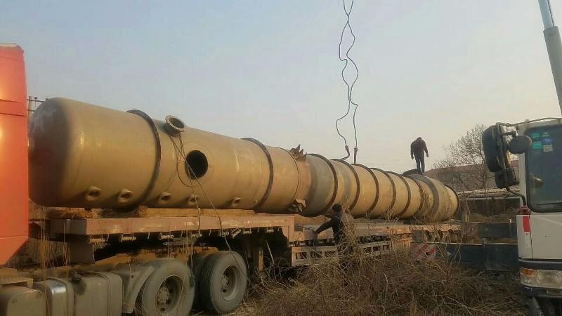 低价出售二手五效60吨降膜蒸发器