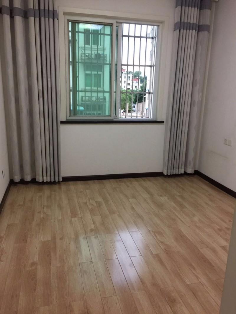 春归苑 3室 2厅 118平米 出售