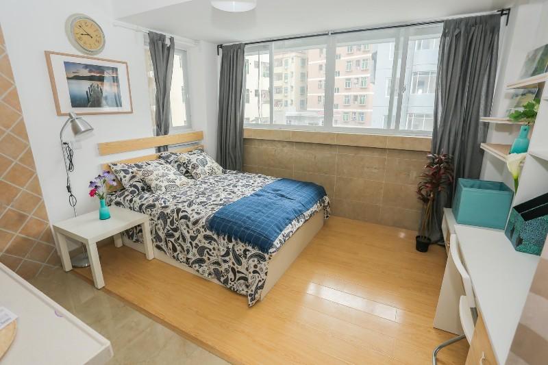 新中心区 宏发领域 1室 0厅 25平米 整租