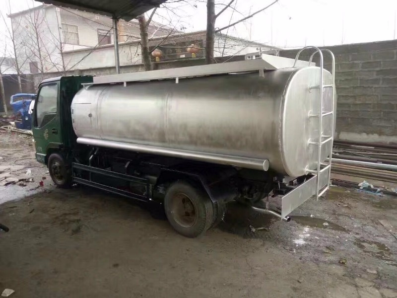 转让8吨二手油罐车