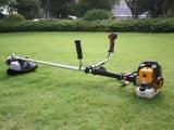 美达斯汽油二冲程侧挂背负式割草机割灌机 打草机除草机 小收割机