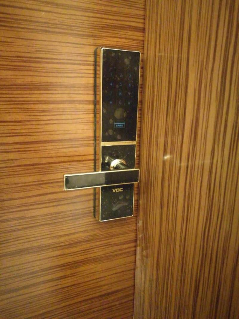 天鹅湖金峪谷附近开锁换锁修锁电话 正规公司