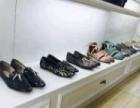 超低价转让!9成新高档烤漆 鞋子展示柜 包包 货柜
