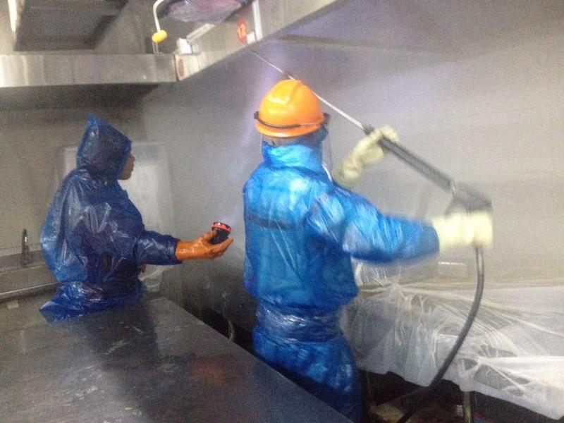 南通商用厨房专业油烟管道清洗油烟机清洗