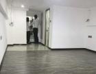 万达广场,全新装修,复式110平方,2800元