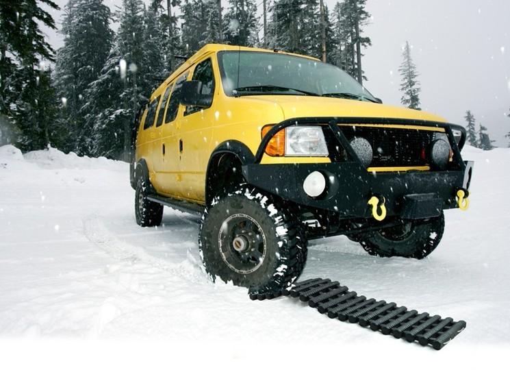 苏州道路救援 苏州拖车电话 苏州汽车救援搭电 苏州汽车换备胎