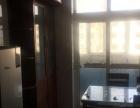 蓝鲸大厦对面工商局家属院 1室1厅1卫 男女不限