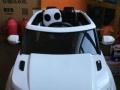 刚买没几天的儿童可坐电动车,宝贝很喜欢