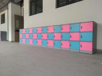好柜子牌塑料书包柜教室书包柜走廊储物柜生产厂家