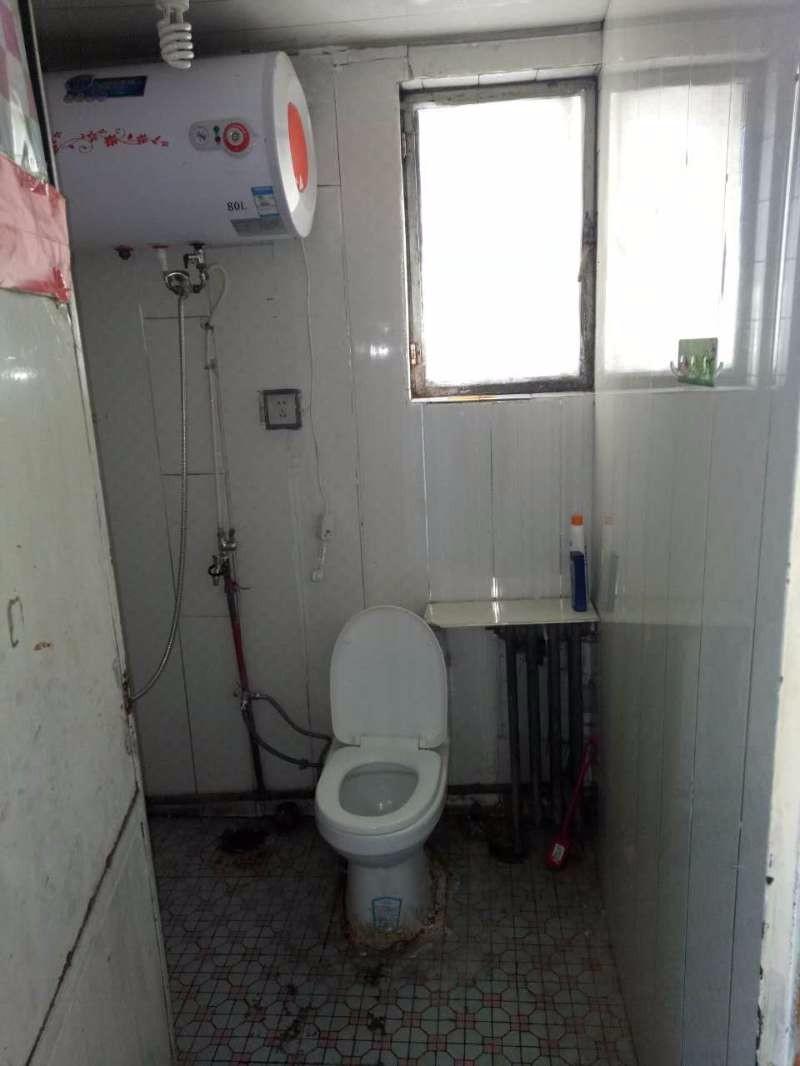 北京路 二宫商场对面星云商住楼 3室 1厅 103平米 整租