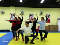 重庆江北中老年民族舞培训班