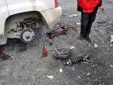 天河珠江新城电瓶轮胎店道路汽车救援24小时上门修车流动补胎
