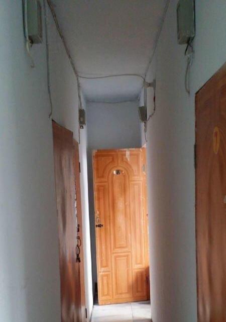 彩城院内单间出租 9室1厅1卫 男女不限