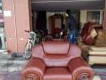 沙发翻新、沙发定做、沙发维修、沙发换皮,免费上门