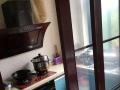 广东南路步梯 3室2厅 朝南北 精装修