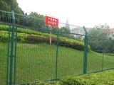 隔离护栏网厂家A新津隔离护栏网厂家A生产隔离护栏网厂家