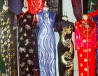 上海老旗袍衣服回收各种老绣花被单收购