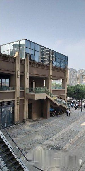 照母山成门口适合做培训机构大型餐饮茶楼门面出售