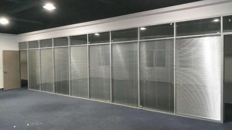 兰州办公室双层玻璃百叶隔断