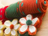 亏本清仓儿童毛线围巾保暖花朵加厚围脖 手工编织 宝宝围巾批发