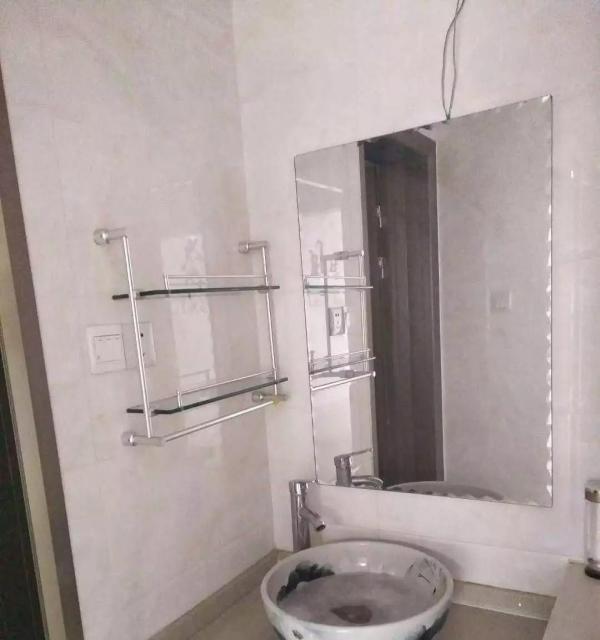宋园新村有一楼房出租面积85平米精装修出租