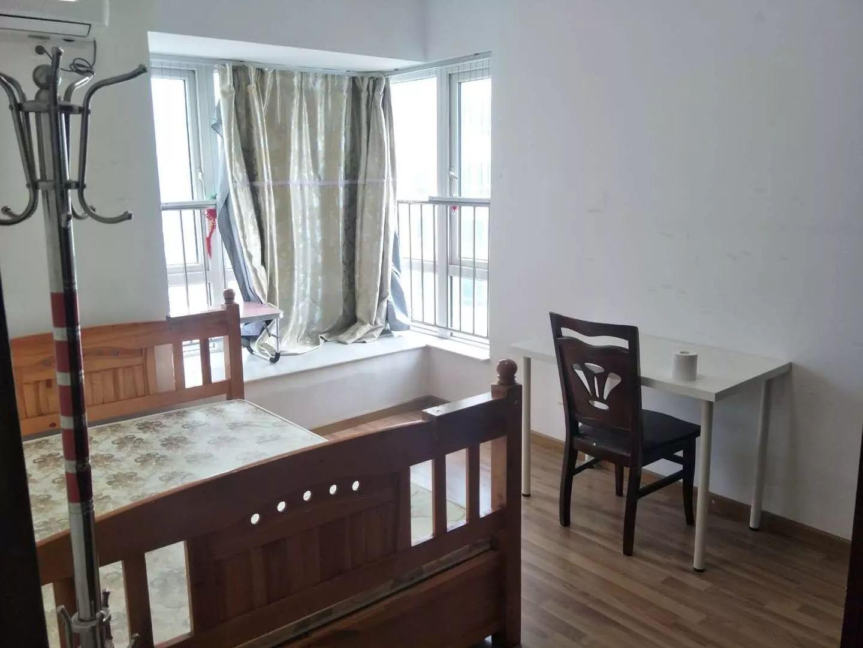 桃源村三期 3室 92平 全齐出租 随时入住 安静 有钥匙