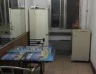 健康楼社区 2室2厅1卫 男女不限 包水电 可短租