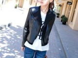 2012韩版女装新款正品假2件套PU外套