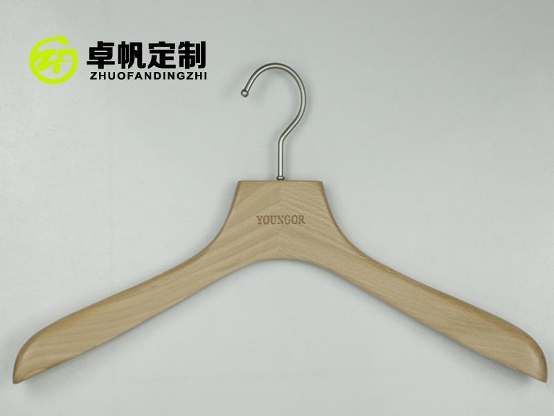 天津市木质衣架生产厂家_到哪儿能买到价格优惠的木衣架