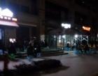 两江新区会展中心正对面 小区出口农贸市场附近临街铺