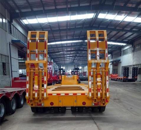 专业订做13米宽3米挖掘机运输车 梁山厂家直销