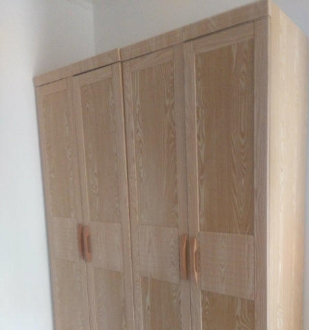 恒丰理想城西区回迁3室2厅125平6层简装空调家具