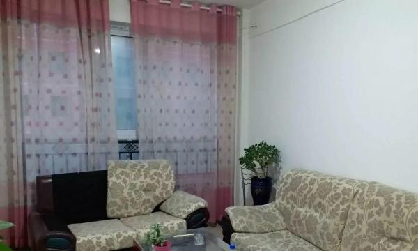 惠民小区,简单装修,简单家具
