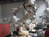 南京机器人设备回收南京机器人注塑机机械臂回收公司电话多少