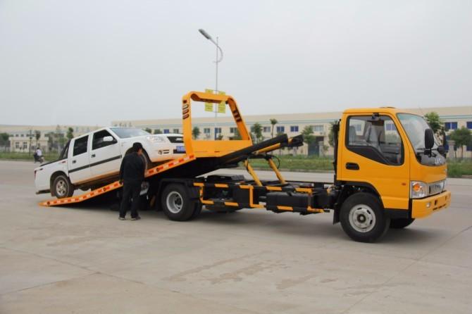 上海汽车救援拖车 汽车送油服务