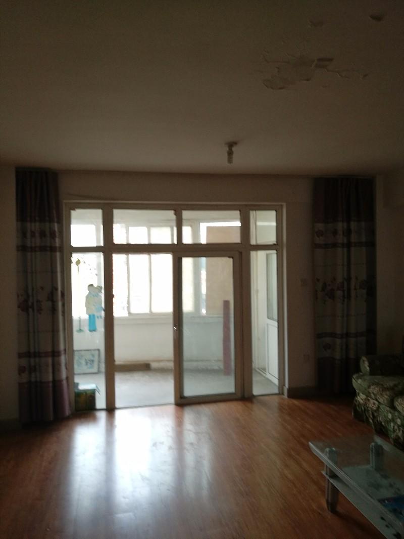 东城 安泰北区 3室 2厅 128平米 整租